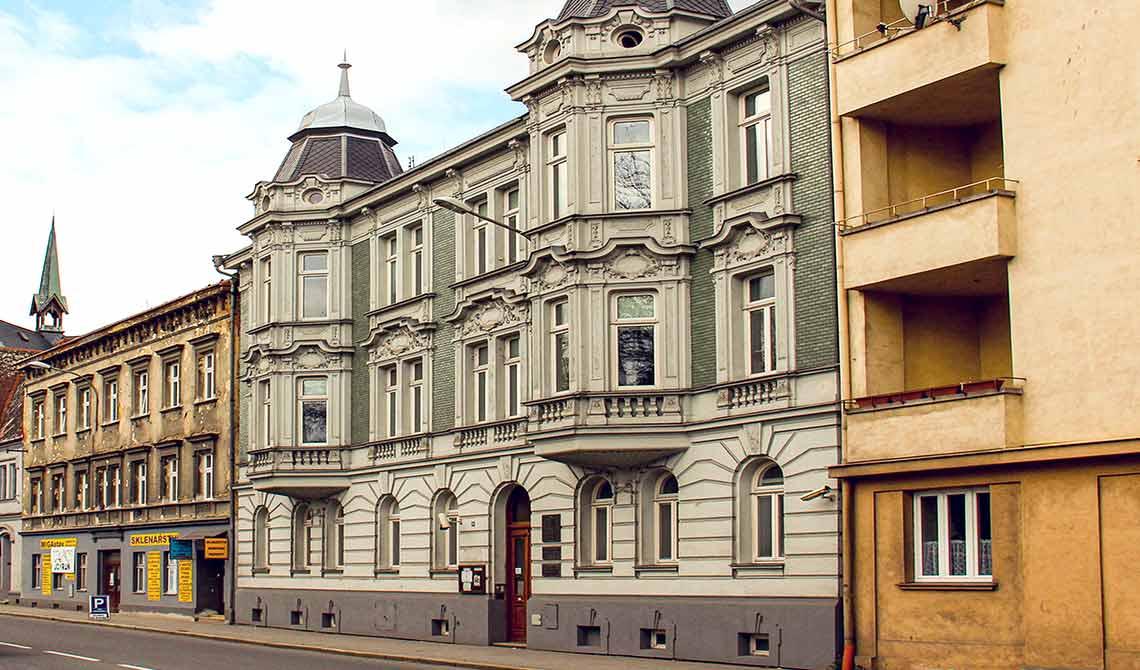 Budova SU na Olbrichově ulici v Opavě